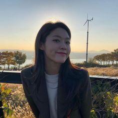 """김설현 在 Instagram 上发布:""""부산에서 보아요😛"""""""