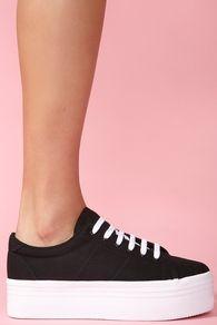 Zomg Platform Sneaker - Black & White