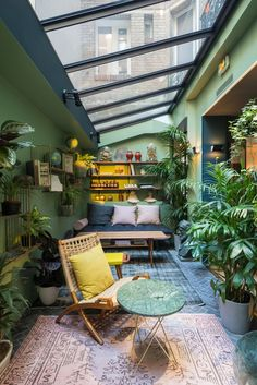 Winter Garden in C.O.Q. Hotel: Paris Boutique Hotel in Shades of Blue - Gravity