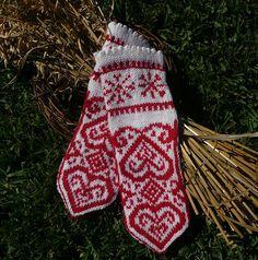 Ravelry: Scandinavia mittens pattern by Randi K Design