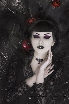 Model: Obsidian Kerttu *