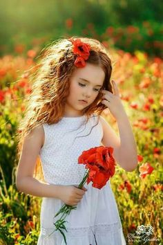 Spring Photography, Girl Photography, Children Photography, Baby Girl Photos, Cute Baby Pictures, Beautiful Children, Beautiful Babies, Portrait Pictures, Red Poppies