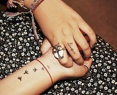 I love both of her tattoo's..