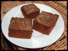 PERNÍK vláčný nadýchaný nejlepší jaký jsem pekla a to jsem jich zkusila TĚSTO I NA MUFFINY... Slovak Recipes, Czech Recipes, Sweet Recipes, Cake Recipes, Dessert Recipes, Desserts, Honey Cake, Sweet Cakes, Baked Goods