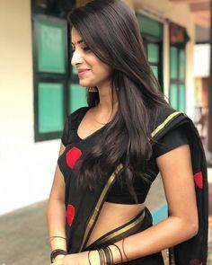 Hottest Indian Girls in Saree- Stunning Photo Gallery! Beautiful Girl Photo, Beautiful Girl Indian, Most Beautiful Indian Actress, Beautiful Saree, Beautiful Models, Beautiful Actresses, Beautiful Women, Beauty Full Girl, Beauty Women