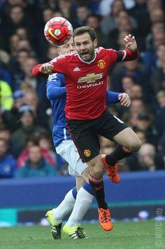 Juan Mata vs Everton