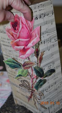I liked the technique: rose and music decopage - very pretty and feminine. Simply Fresh Arts