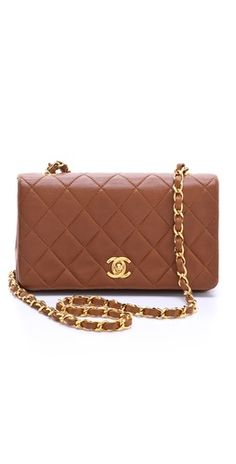 Love the color #Chanel