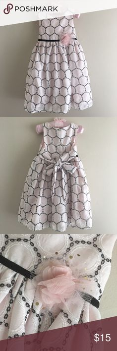 Toddler Girl Sweet Pale Rose & Black Eyelet Dress EUC Toddler Girl Sweet Pale Rose & Black Eyelet Dress Size 3T (100% Polyester)  Only worn once for a special occasion 🌸 Marmellata Dresses