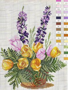Два милых весенних букета - люпин и анютки. Такие вышитые цветочки даже зимой способны дарить тепло :).#вышивка #рукоделие #вышивка_крестом #вышивкацветы #крестиком #вдохновение #handmade