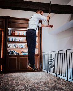 """shperka_slovakia na Instagrame: """"Už som to v tejto súvislosti a s touto fotkou spomínal, avšak naozaj dnes ako nikdy predtým by sme všetci potrebovali mať nejaké schopnosti…"""" Desk, Furniture, Instagram, Home Decor, Desktop, Decoration Home, Room Decor, Table Desk, Home Furnishings"""