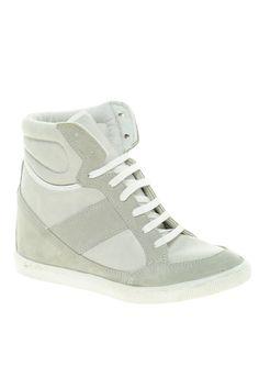 Zapatillas de deporte de ante con cuña, de Asos.