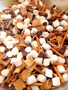 Time Out For Mom: 2014 is Here! Snowman snack mix.