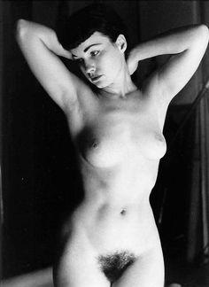bettie page frontal nude - Google zoeken: