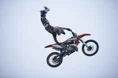 MotoLive on air