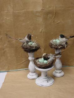 Dekoration Bird Decor Nest Spring sprungSpring has sprung with new bird and nest decor Spring Toddler Crafts, Crafts To Sell, Diy Crafts, Decor Crafts, Spring Projects, Art Projects, Dollar Tree Crafts, Spring Has Sprung, Glass Containers
