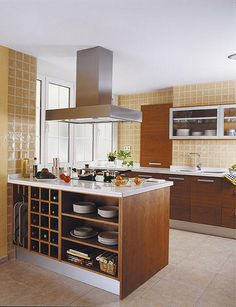 Space saving room dividers are functional, attractive and modern furniture pieces, ideal for decorating small apartments and homes Kitchen Interior, Home Decor Kitchen, Small Apartment Decorating, Kitchen Furniture, Kitchen Remodel, Kitchen Decor, New Kitchen, Home Kitchens, Kitchen Design