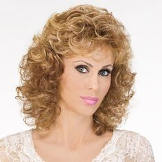 Iconic Wig - It's time to revitalize your image. You'll be looking fabulous and attracting admiring glances in these long, sexy ringlets. Cute Hairstyles For Short Hair, Permed Hairstyles, Short Hair With Bangs, Long Hair Cuts, Medium Curly, Long Curly, Wig Styles, Curly Hair Styles, Long Wigs