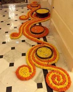 Simple Rangoli Designs Images, Rangoli Designs Flower, Rangoli Ideas, Rangoli Designs Diwali, Flower Rangoli, Rangoli With Flowers, Diwali Flowers, Diya Rangoli, Beautiful Rangoli Designs