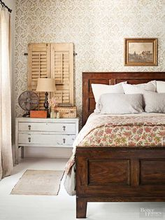 Use these amazing decorating ideas to get a rustic bedroom that still features modern amenities. We love that it's possible to create a country bedroom using a few simple decor items.