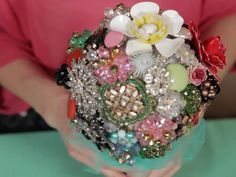 How to Make a Brooch Bouquet   TheKnot.com