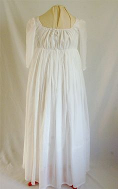 Elegant White Regency Dress 14/16