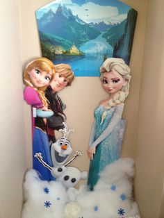 Frozen Birthday Party photo booth
