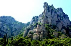 Walking up to the monestery - great mountain scape: Photo of Montserrat Royal Basilica Half-Day Trip from Barcelona by Viator user Beany Barcelona Day Trips, Tickets Barcelona, Barcelona Tours, Barcelona 2016, Honeymoon Spots, Montserrat, Tour Tickets, Spain And Portugal, Future Travel