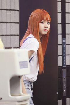 Lisa of BlackPink. Blackpink Lisa, Jennie Lisa, South Korean Girls, Korean Girl Groups, Jenny Kim, Rapper, Black Pink, Kim Jisoo, Yg Entertainment