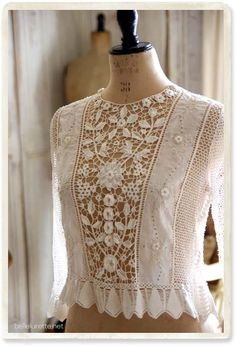 New crochet lace blouse ideas Ideas Kleidung Design, Casual Dresses, Fashion Dresses, Fashion Clothes, Vintage Outfits, Vintage Fashion, Linens And Lace, Irish Lace, Mode Inspiration