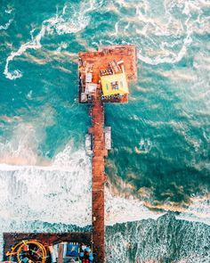 Santa Monica Pier in Santa Monica, California 16 Incredibly Beautiful Aerial Pictures Of The American West Water Photography, Drone Photography, Travel Photography, Wallpaper California, Wanderlust, Pier Santa Monica, Drones, San Diego, City Of Angels