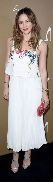 Who made Katharine McPhee's jewelry, white floral dress, sandals, red clutch handbag, and sandals?
