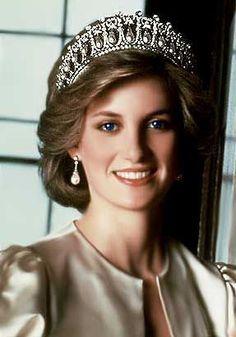 'Diana Spencer' Princess Di (royalty) Princess of Wales's
