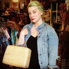 Rachel looks so cute with her new deadstock Broadway woven bag! #vintage #cutecustomer #happycustomer #deadstock #1960s #1950s #thebroadway #eaglerock #echopark #elysianheights #hollywood #highlandpark #atwater #silverlake #losfeliz #losangeles #lemonfrogshop