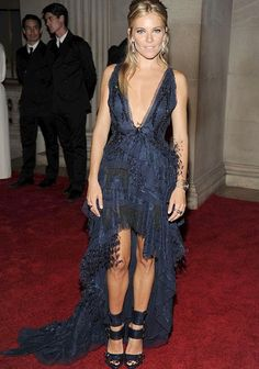 Google Image Result for http://ris.fashion.telegraph.co.uk/RichImageService.svc/imagecontent/1/TMG8203489/p/sienna-miller-x_1785983a.jpg