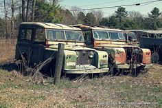 Land Rover Graveyard Gallery