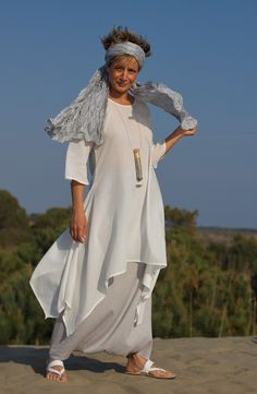 Tunique en voile de coton blanc-:- AMALTHEE CREATIONS-:- n° 3309