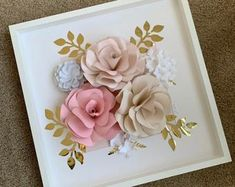 Blush and white paper flowers White Paper Flowers, Paper Flowers Craft, Paper Flowers Wedding, Paper Flower Wall, Paper Flower Backdrop, Flower Wall Decor, Paper Roses, Rose Flowers, Paper Crafts