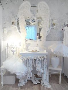 Shabby Chic  I LOVE the wings.... KAT