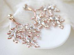 Rose gold Swarovski crystal earrings for bride - ALESSANDRA – Treasures by Agnes Stone Earrings, Statement Earrings, Pearl Earrings, Cream Stone, Jewelry Accessories, Unique Jewelry, Swarovski Crystal Earrings, Hair Jewelry, Jewellery