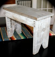 Primitive Small Vintage Bench - Rustic Milking Stool -Reclaimed wood. I am going to try to make this myself out of the reclaimed pallets I recently aquired.  (will look awesome with my pallet board wall (which is almost complete!)