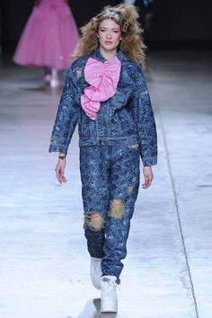 Pretty sure Stephanie Tanner wore this Ashish look first