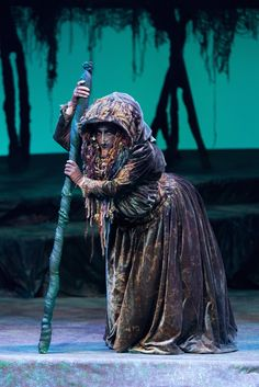 Disney Character Costume Into The Woods - Baylor University Theatre. Costume Design by Joe Kucharski. Broadway Costumes, Theatre Costumes, Cool Costumes, Ballet Costumes, Into The Woods Witch, Into The Woods Musical, Disney Characters Costumes, Tree Costume, Beast Costume