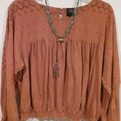 Free People Dream Come True top Free people romantics collection top size Medium. Bought and wore once. Excellent condition. No trades, PP, or Merc. LOWEST-PRICED Free People Tops Blouses