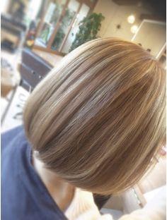 マリブ ヘアリゾート 伊勢崎本店(malibu hair resort) ボブ&インナーカラー Bob Styles, Short Hair Styles, Light Brown Bob, Aesthetic Pictures, Bob Cut, Cute Hairstyles, Hair Goals, My Hair, Salons