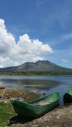 The volcano Gunung Batur at the the Lake Danau Batur