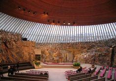 テンペリアウキオ教会(石の教会)