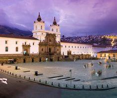 Iglesia y Plaza de San Francisco en Quito, Ecuador