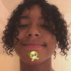 Boys With Curly Hair, Curly Hair Men, Curly Hair Styles, Cute Lightskinned Boys, Cute Guys, Pretty Boys, Nightmare Before Christmas Drawings, Henry Danger Jace Norman, Cute Mexican Boys