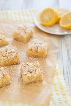 Creamy Lemon Crumb Bars - Sweet, tart, and buttery. Take that, winter. Köstliche Desserts, Lemon Desserts, Delicious Desserts, Dessert Recipes, Yummy Food, Eat Dessert First, Dessert Bars, Lemon Recipes, Sweet Recipes